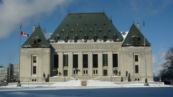 1200px-Supreme_Court_of_Canada_Building_-_Winter2012[1]
